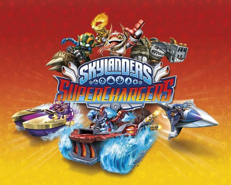 Jeux de skylanders superchargers : les figurines et le portail.