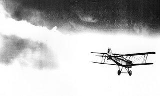 Vintage Aeroplane Writer: Aircrew: S.E.5a Skywriting Pilot.