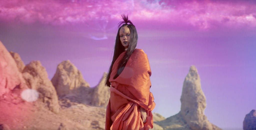 Rihanna Releases Sledgehammer Music Video From Star Trek Beyond.