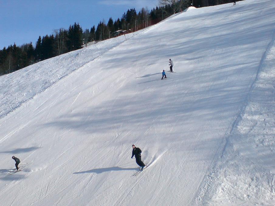Ski slope clipart.