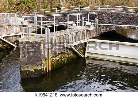 Pictures of Sluice gate k19641218.