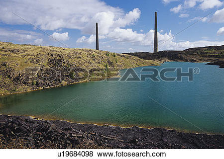 Pictures of Slag pile, Tailings pond and revegetation Old Inco.