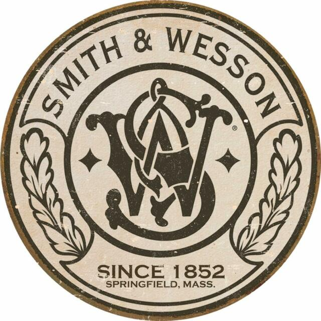 Smith & Wesson 11x11\
