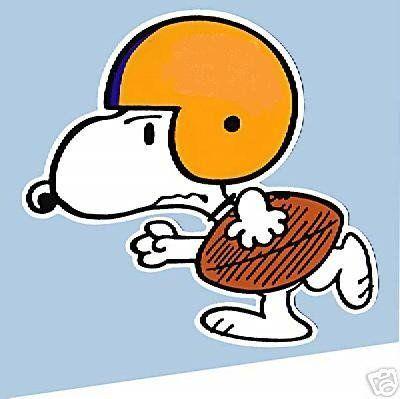 Football Snoopy.