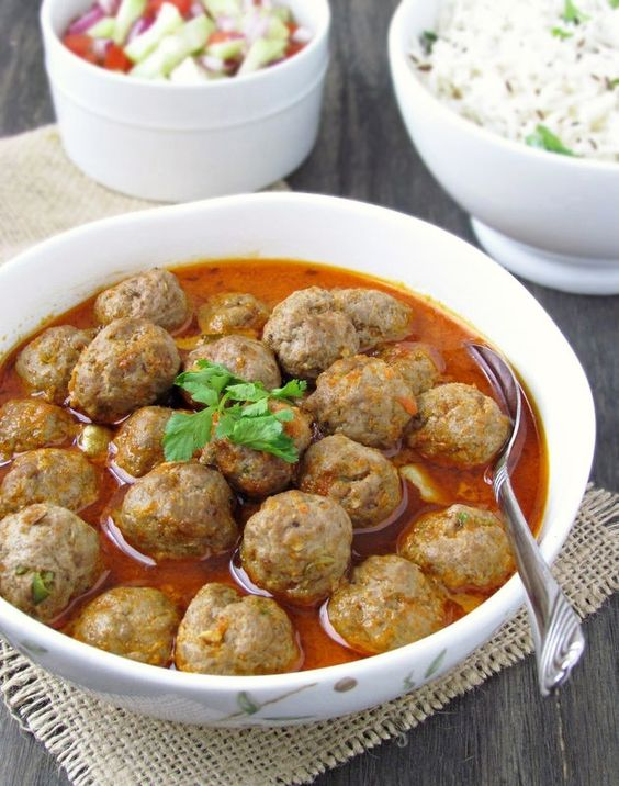 Mutton meatballs curry.