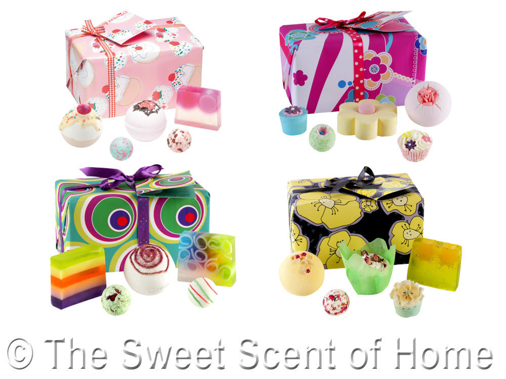 BOMB COSMETICS Luxury WRAPPED Bath GIFT SET Present Soap Blaster.