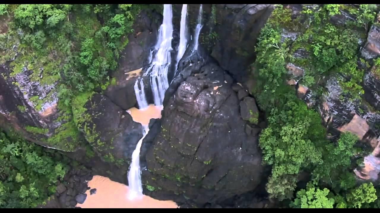 Sogeri Falls, PNG.