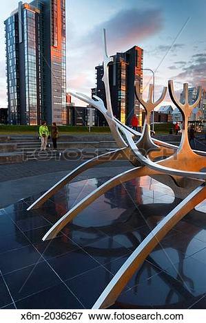 Picture of Solfar Suncraft sculpture. (Sun voyager). Reykjavik.