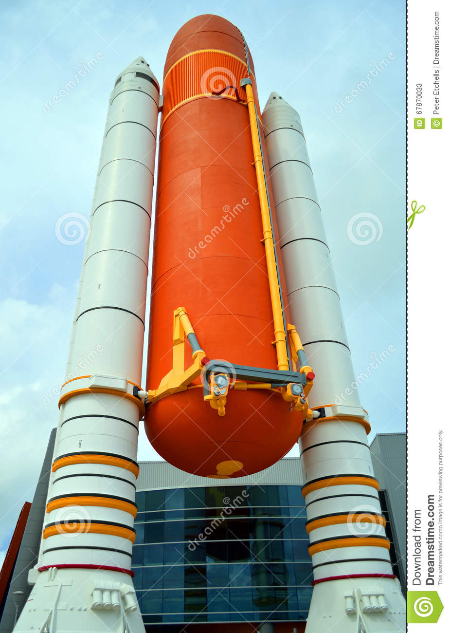 Space Shuttle Solid Rocket Boosters And External Tank On Display.
