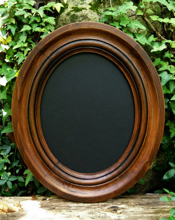 Rustic oval frame clipart.