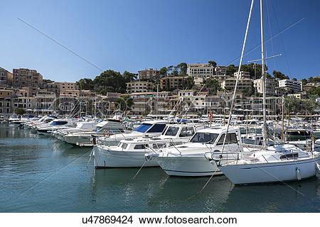 Stock Photo of Soller, Mallorca, Boats in marina u47869424.