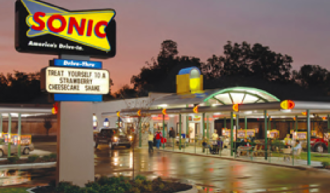 Sonic Drive In #901.