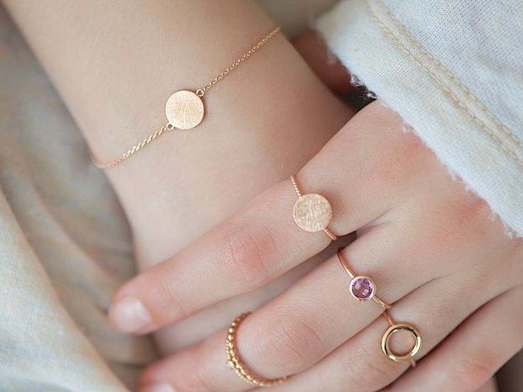 17 Best ideas about Gold Armband on Pinterest.
