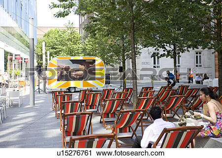 Stock Photography of England, London, South Bank, A free outdoor.