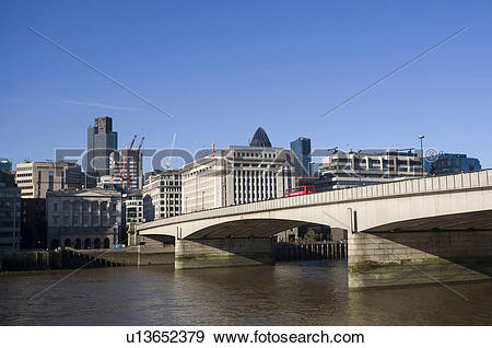 Stock Photograph of England, London, London Bridge, London Bridge.