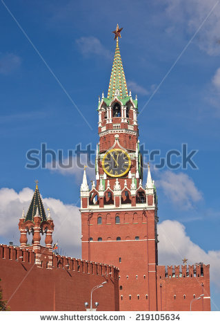 Free Spasskaya tower of Kremlin fortress in Moscow. Photos.