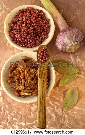 Picture of Red peppercorns, chili, laurel and garlic u12996517.
