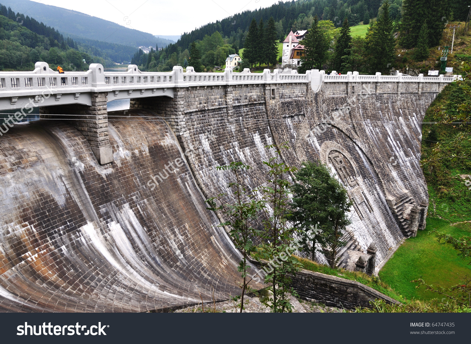 Small Dam Power Plant Spindleruv Mlyn Stock Photo 64747435.