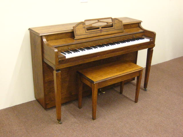 Spinet Piano Clipground