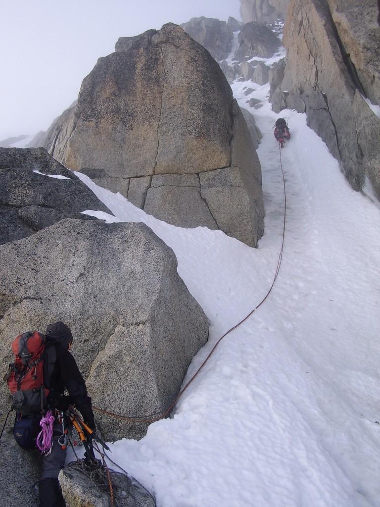 Climbing the Migot spur : Photos, Diagrams & Topos : SummitPost.