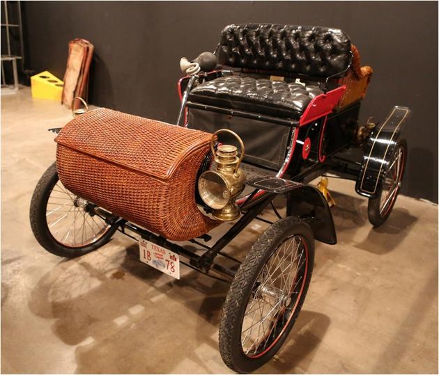 1903 Oldsmobile Pirate.