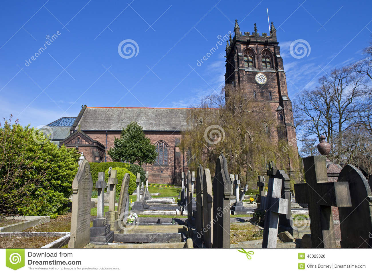 St. Peter's Church In Woolton, Liverpool Stock Photo.