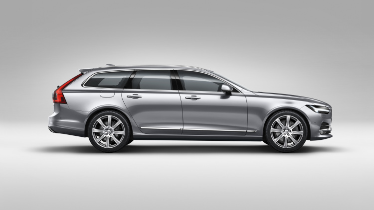 2018 Volvo V90 shows station wagons still matter.