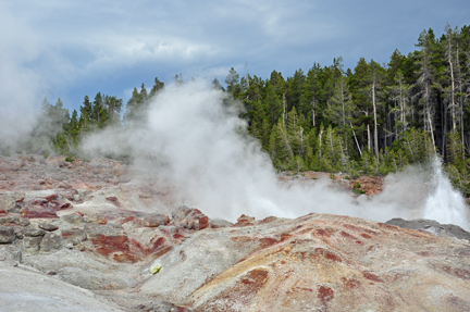 The two RV Gypsies saw geysers at Yellowstone NP 2009.