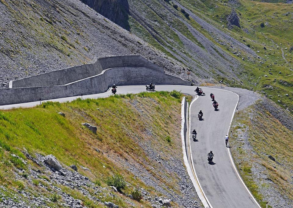 pass driving biker stelvio yoke.