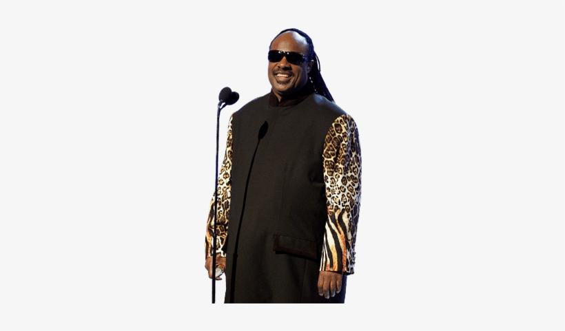 Stevie Wonder Standing.