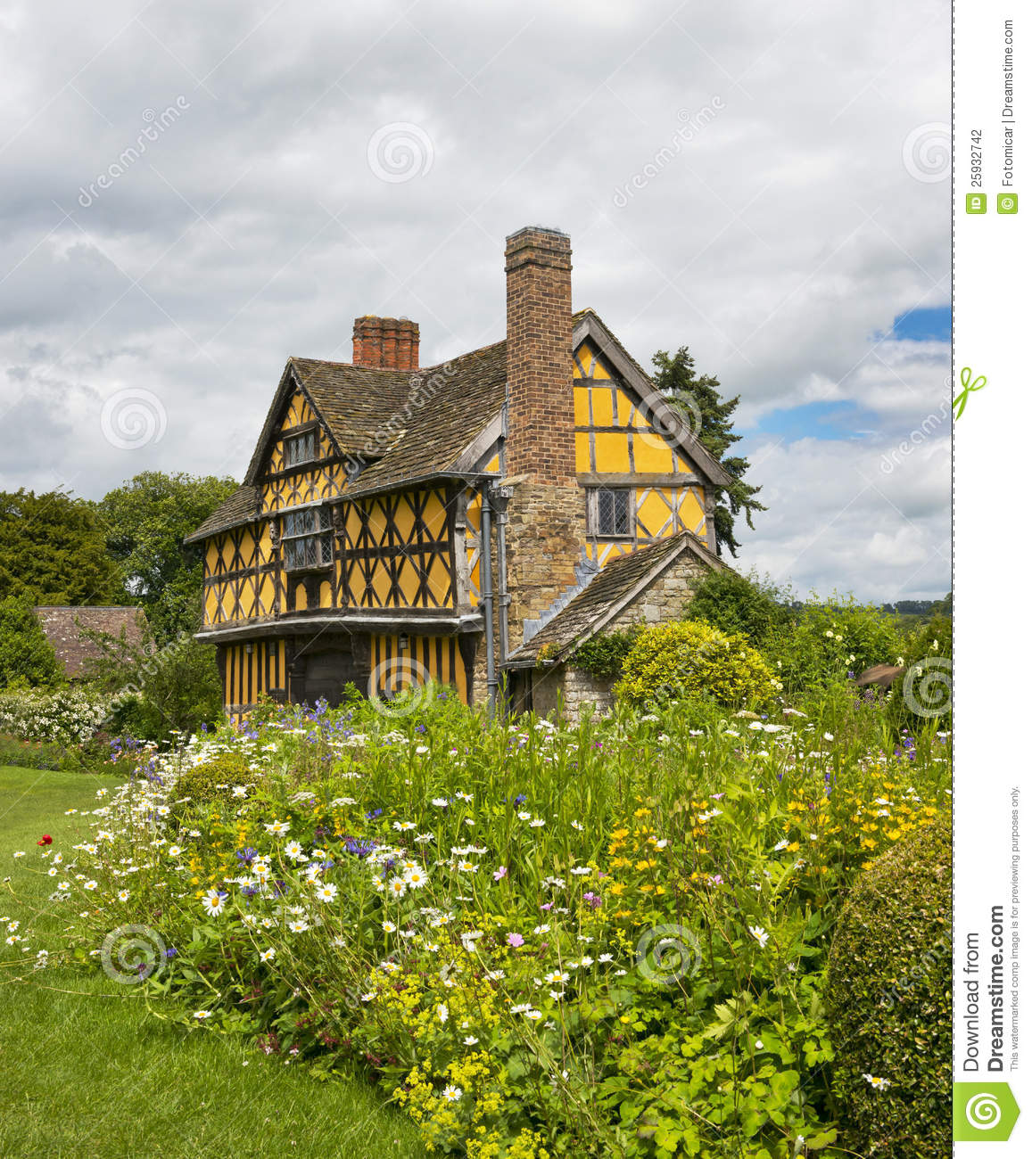 Stokesay Castle Gatehouse Stock Photography.