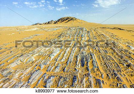 Picture of stone desert im Yemen near Marib k8993977.