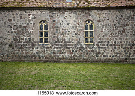 Pictures of Stone facade of church 1155018.