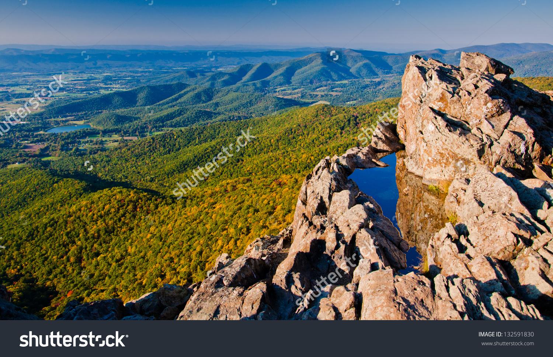 View Shenandoah Valley Blue Ridge Mountains Stock Photo 132591830.