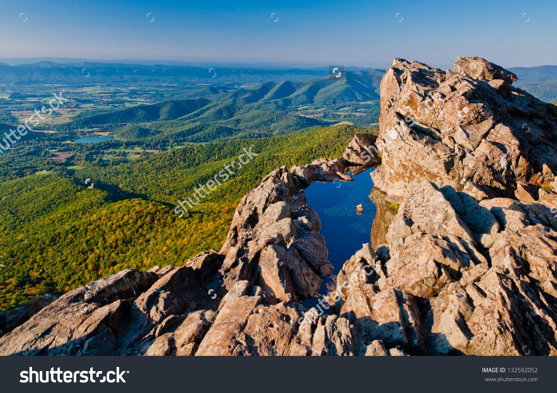 View Shenandoah Valley Blue Ridge Mountains Stock Photo 132592052.