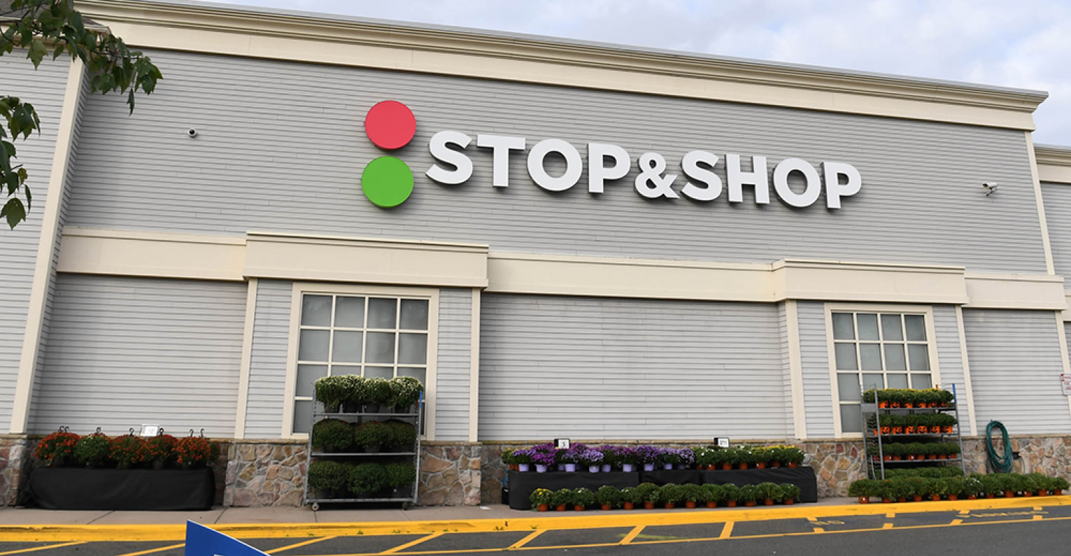 Stop & Shop unveils new look.