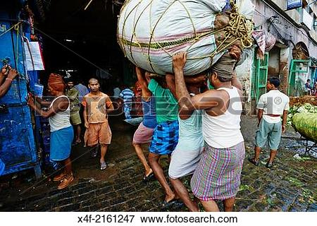 Picture of India, West Bengal, Kolkata, Calcutta, street life. x4f.
