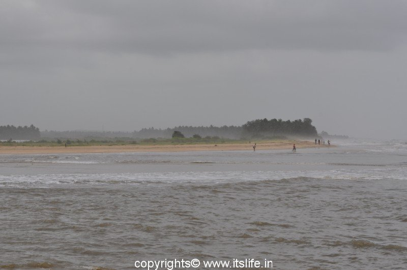 Someshwara Beach.
