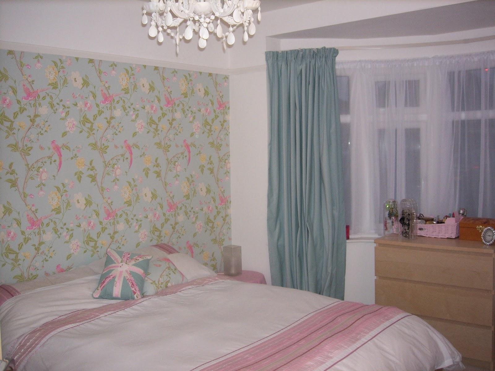 Summer palace clipart clipground for Eau de nil bedroom ideas