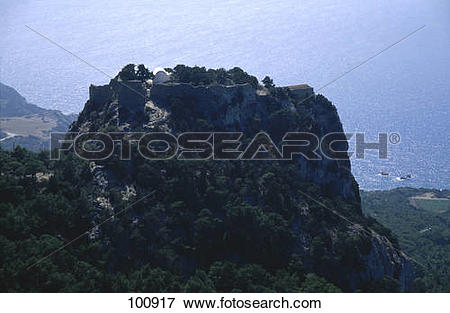 Picture of Castle on rock formation, Kastro Monolithos, Monolithos.