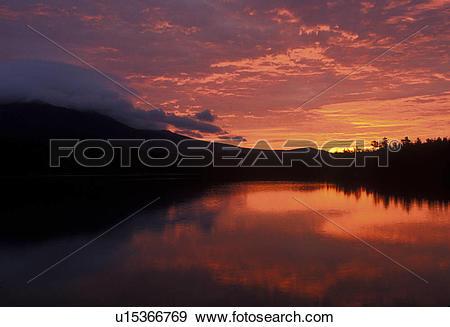 Stock Photograph of sunrise, sunset, lake, mountain, Maine, Baxter.