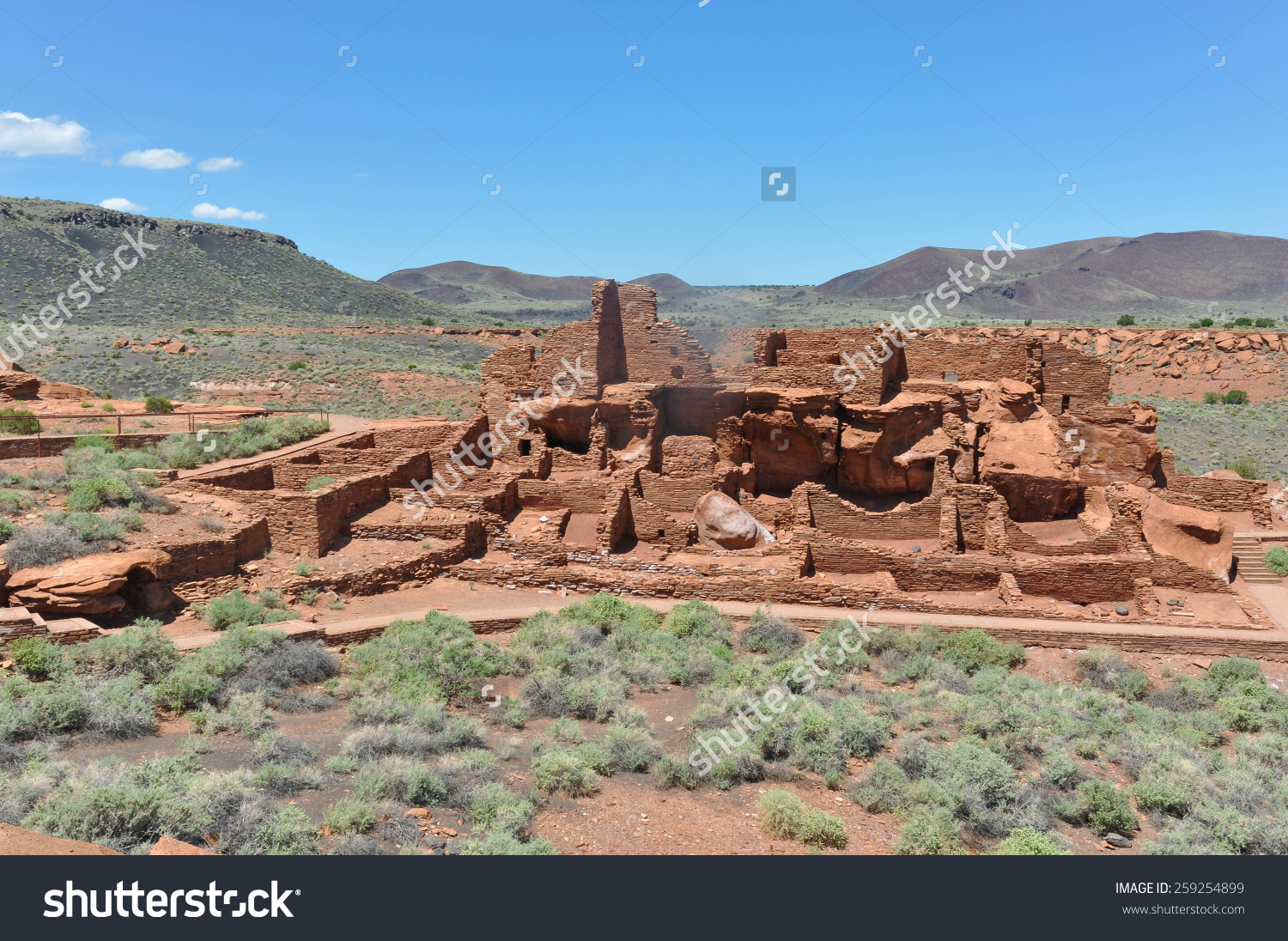 Ancient Pueblo Ruins Sunset Crater Volcano Stock Photo 259254899.