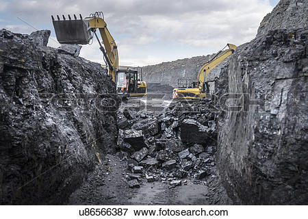 Picture of Ancient deep coal workings in surface coal mine.
