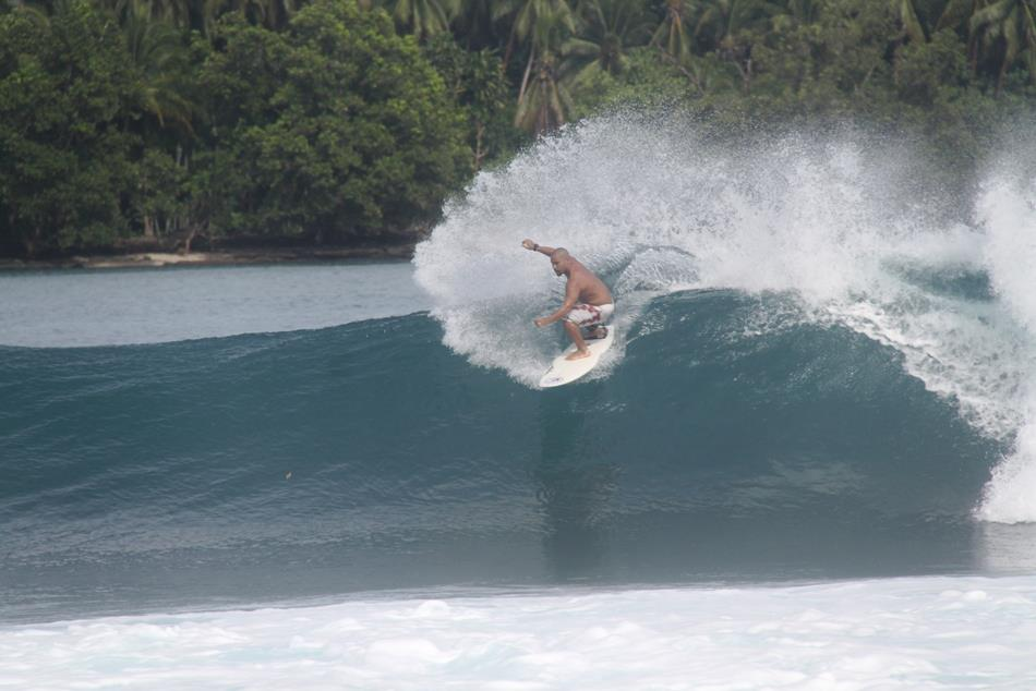 Malum Nalu: PNG surfing to take part in international project.