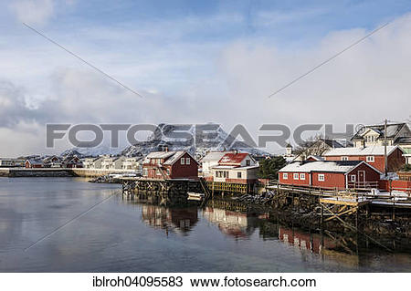 Stock Photo of Townscape, rorbu or rorbuer fishermen's huts.