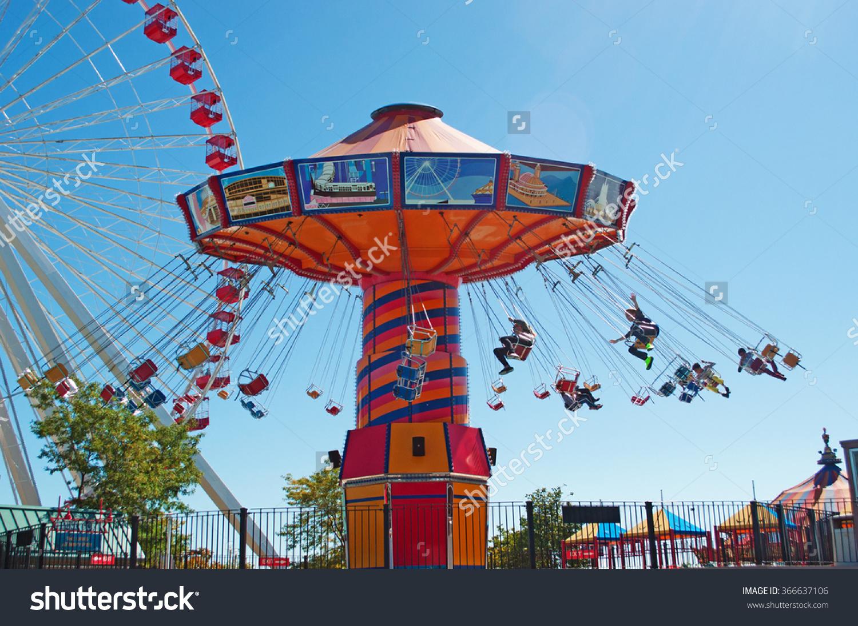 Chicago Wave Swinger Ferris Wheel Navy Stock Photo 366637106.