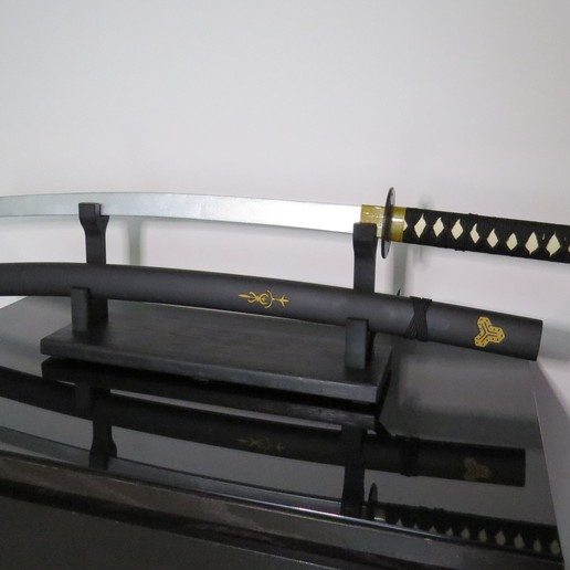 Download free 3D model Katana Sword Prop with Sword Rack.