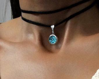 Bismuth Crystals and Jewelry von Element83 auf Etsy.