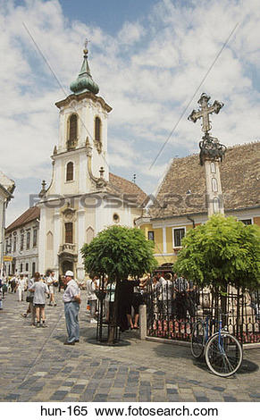 Stock Image of Plague Cross and Blagoven Stenska Church Szentendre.