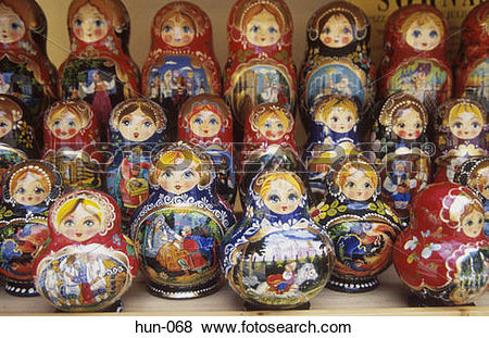 Pictures of Nesting Dolls Szentendre Hungary hun.